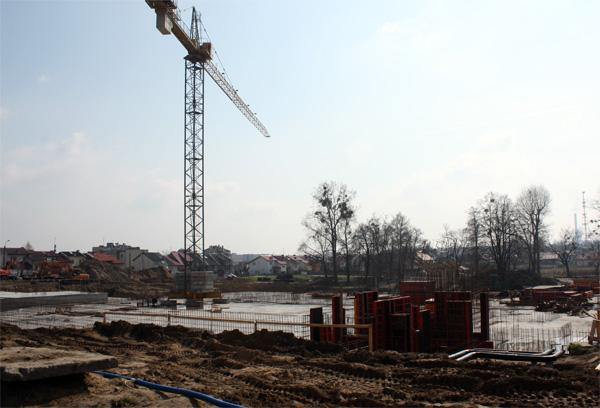 20100419 budowa hala1