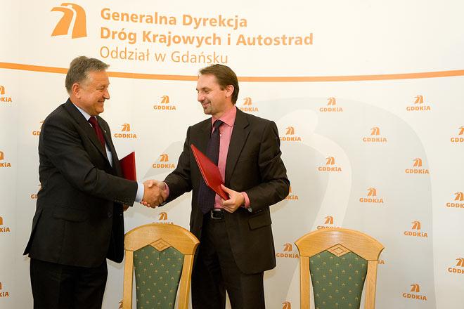 20100906 Podpisaie Umowy 2