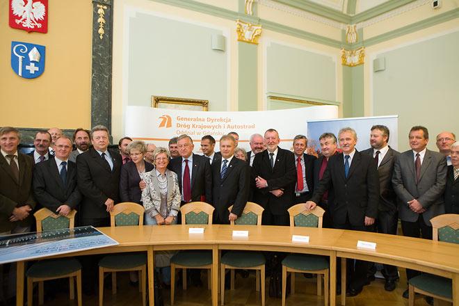 20100906 Podpisaie Umowy 3