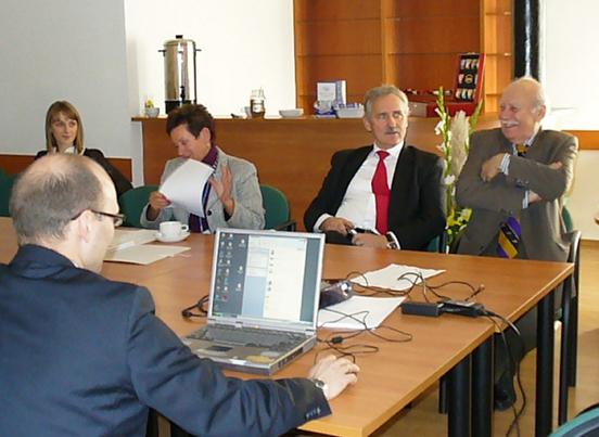 20101025 konferencja1