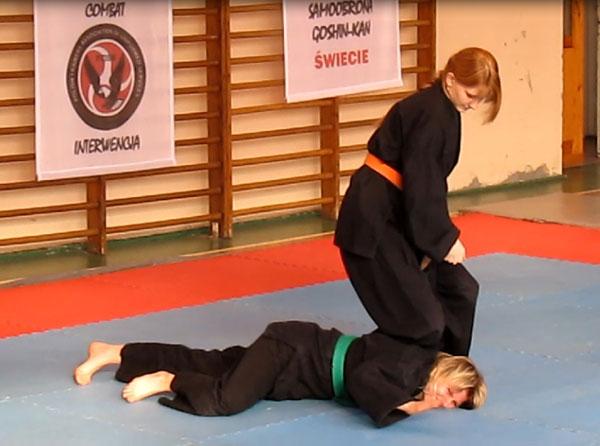 20101104 karate1