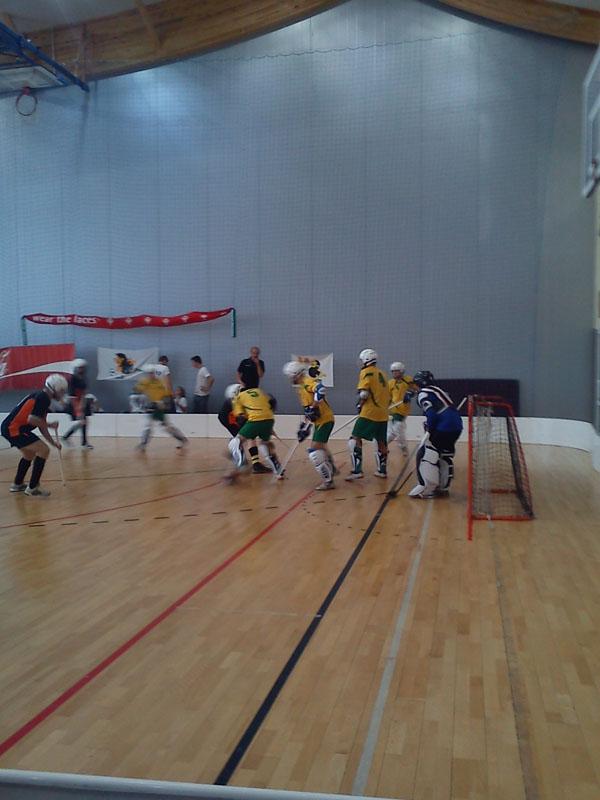 20101215 turniej hokeja