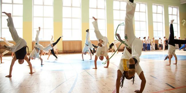 26 08 2014 capoeira1