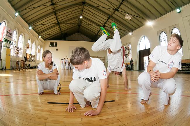 19 09 2014 capoeira4