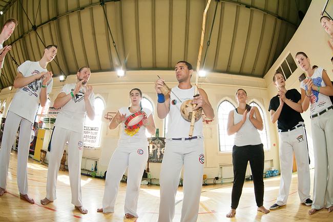 19 09 2014 capoeira6