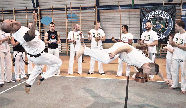 23 11 2015 capoeira2