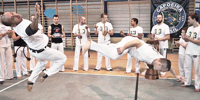 23 11 2015 capoeira1