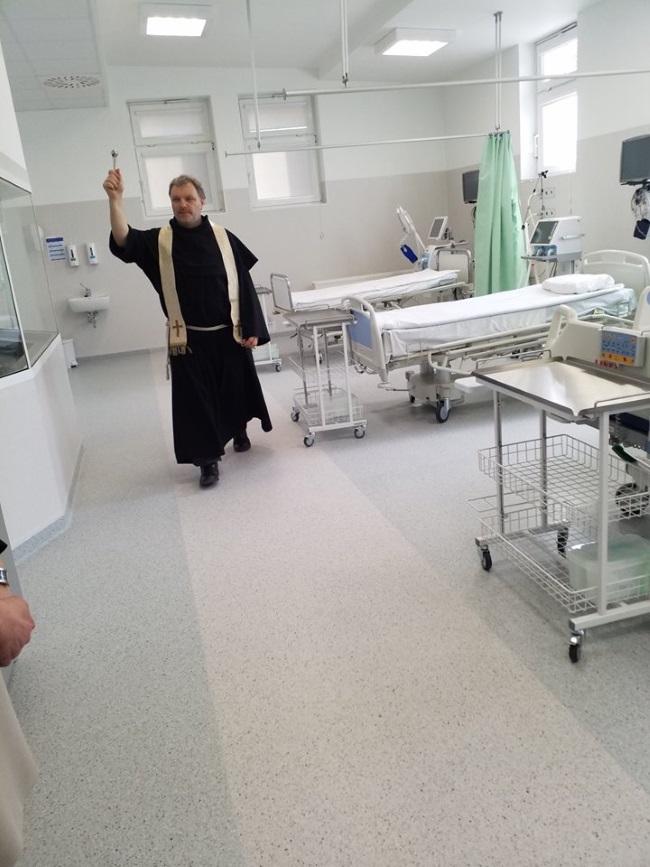 13 04 2018 szpital7