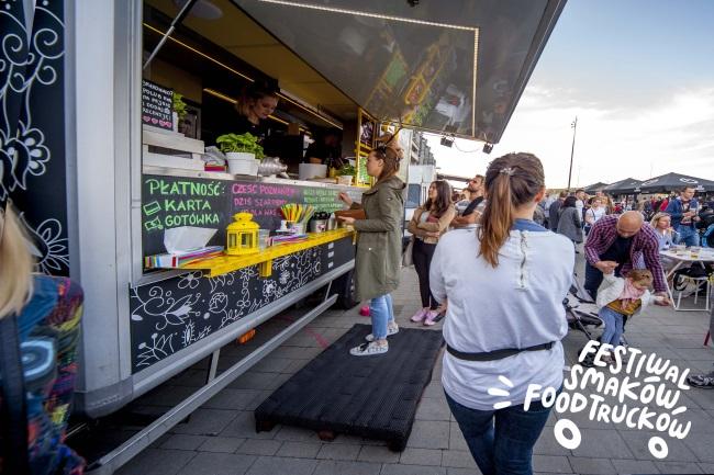 10 04 2019 festiwal smakow foodtruckow3