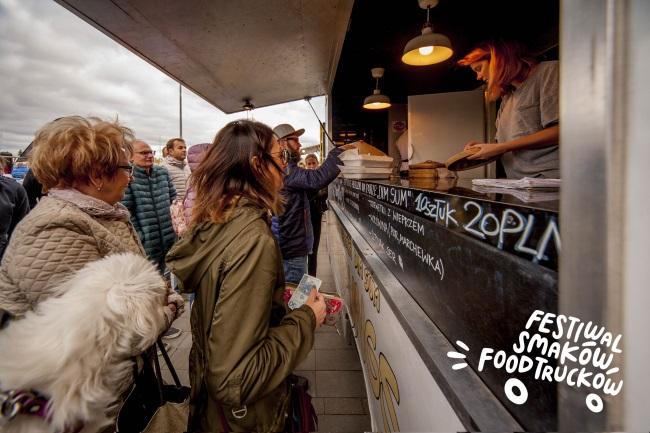 10 04 2019 festiwal smakow foodtruckow4