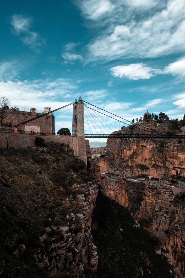 Most w Algierii